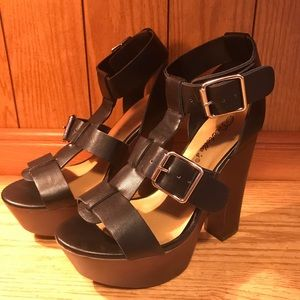 Breckelles Renee Black Strappy Heels